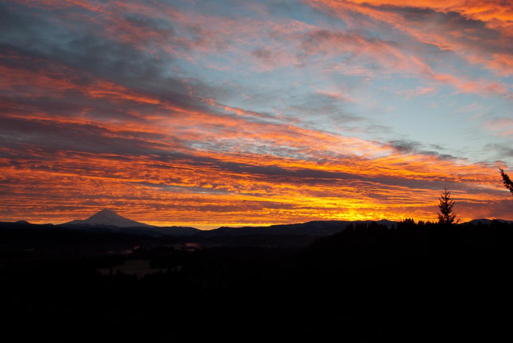 Last Sunrise 2012 by vickisfotos