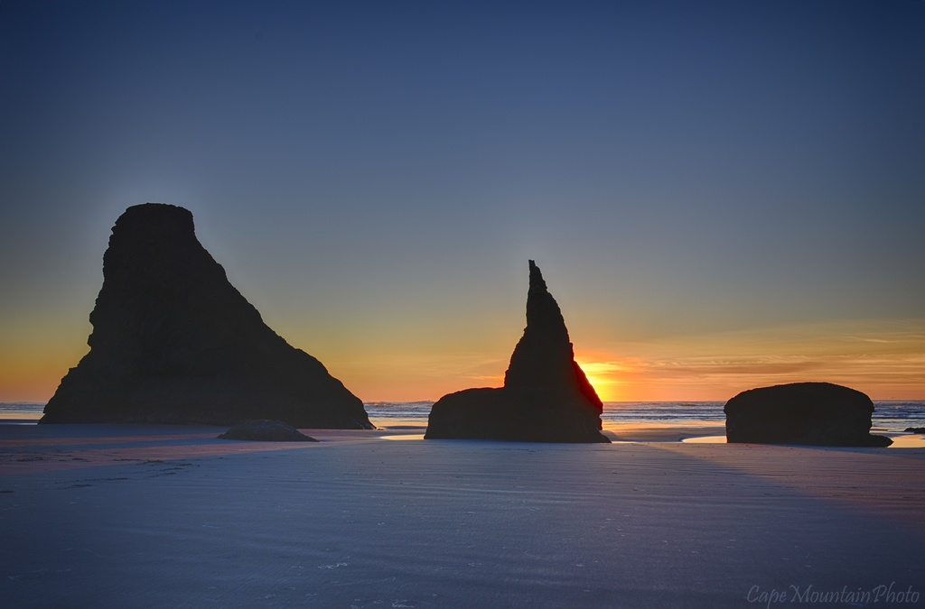 Sunset Viewers by jgpittenger