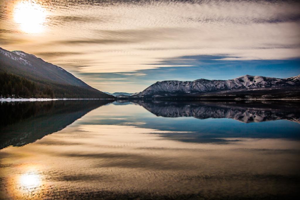 Mirror Mirror, by grizzlysghost