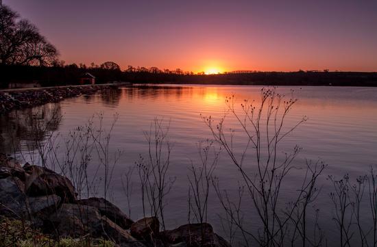 sunrise at boddington reservoir by jantan