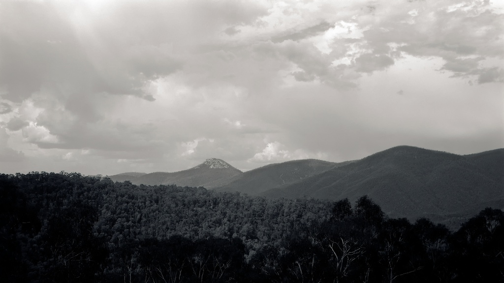 Brindabella ranges by peterdegraaff