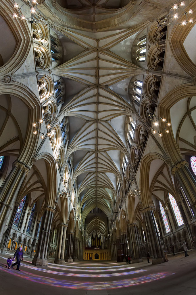 Lincoln Cathedral by harveyzone