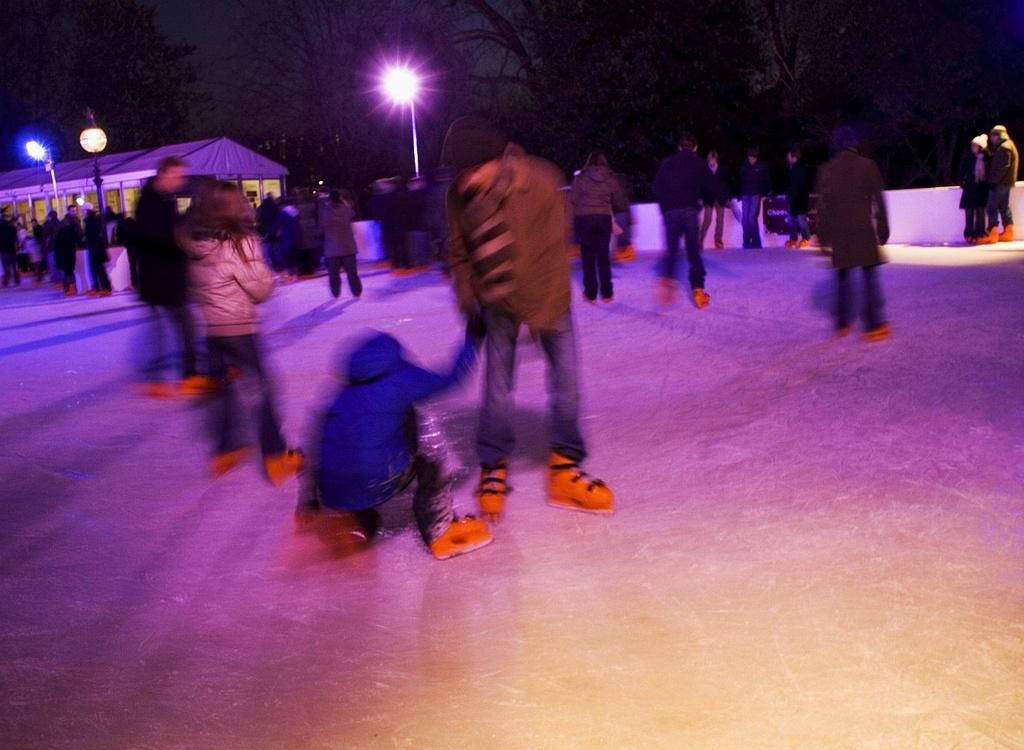 Skating by netkonnexion