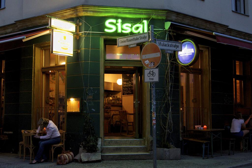 Cafe Sisal by jyokota