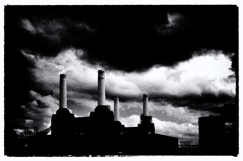 Battersea Power Station ~ Film Noir style by seanoneill
