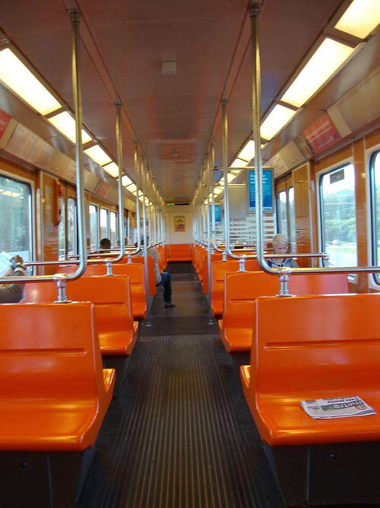 365-Metro DSC05074 by annelis