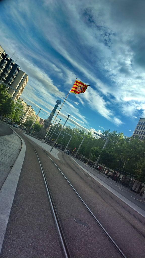 Aragon Square by petaqui