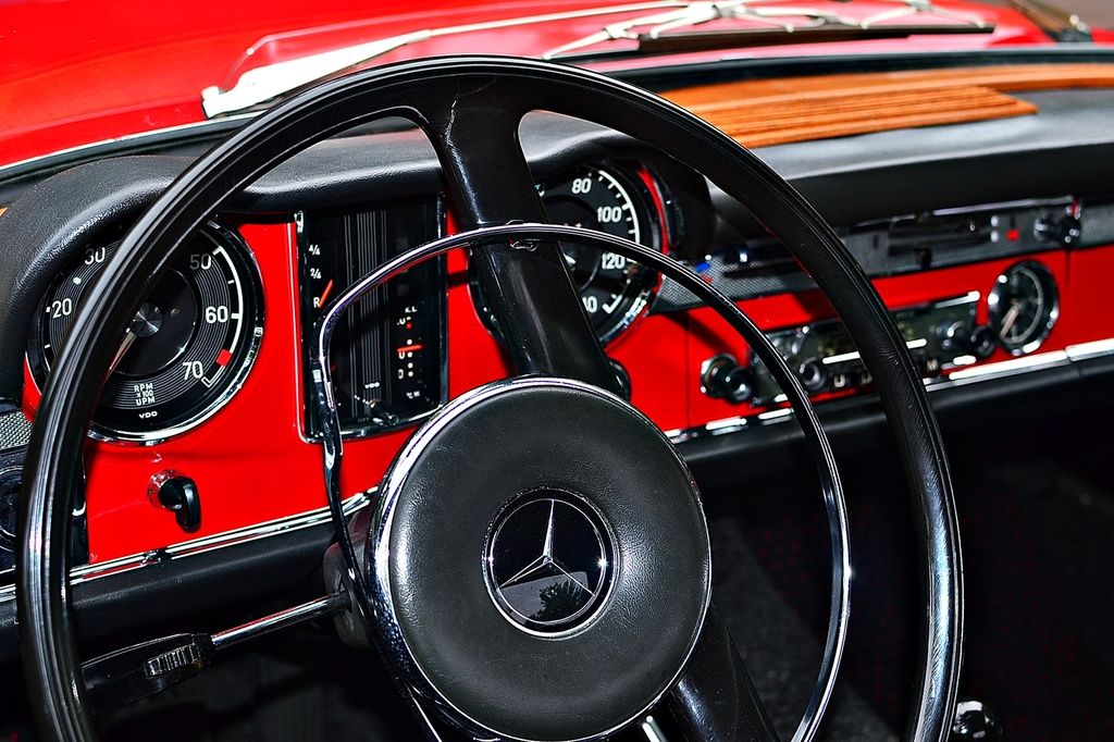230 SL interior by soboy5