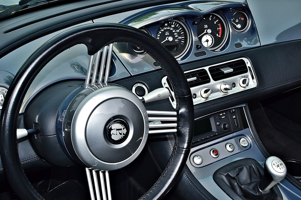 BMW Z8 dashboard by soboy5