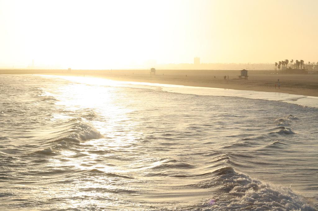 Beach Sunset by kerristephens
