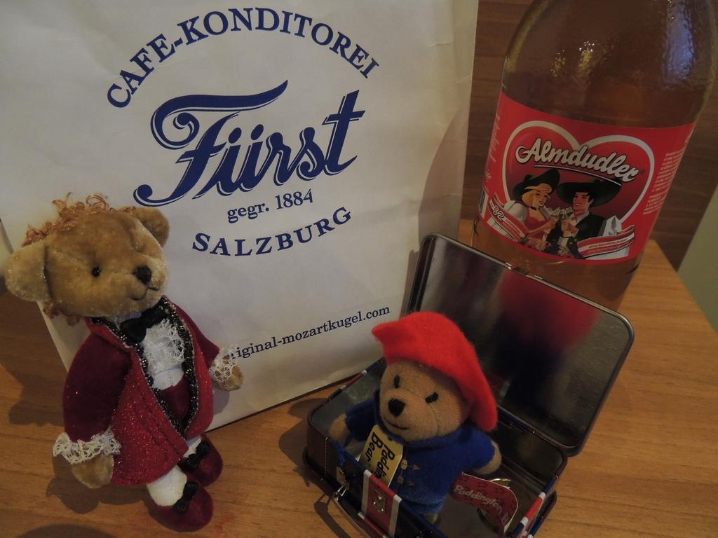Paddington meets Mozart by bizziebeeme