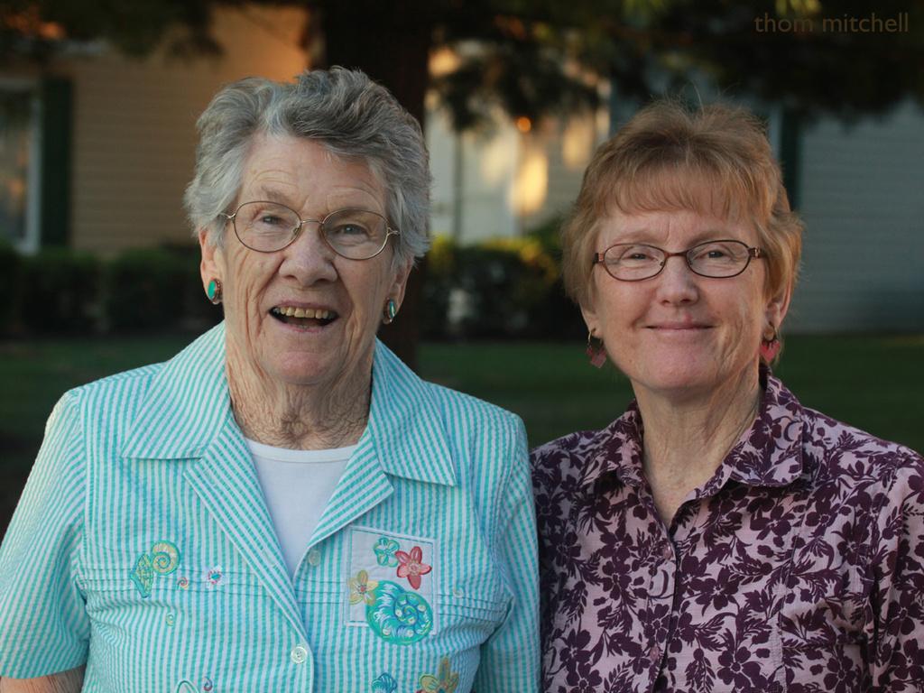 Nadine & Bobbie by rhoing