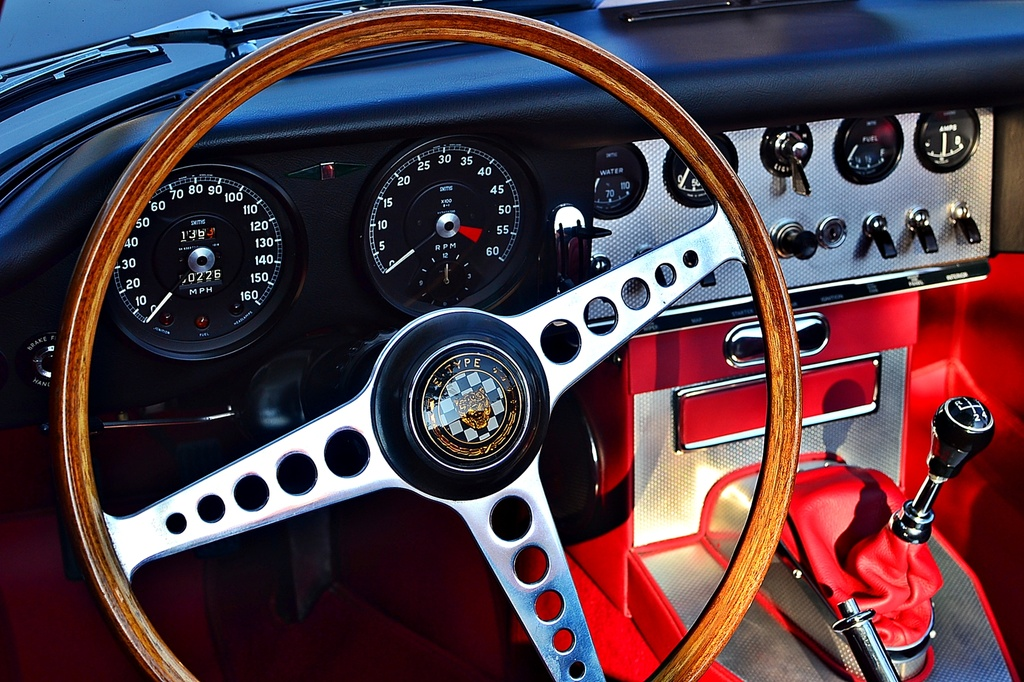 Jaguar E type series 1 dashboard by soboy5