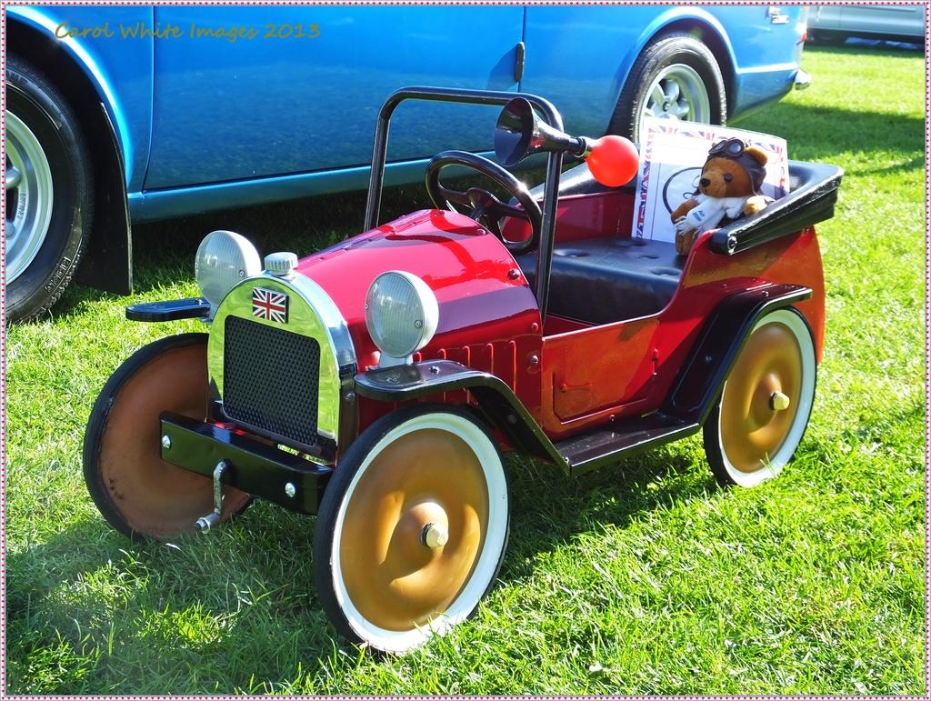 Mini Motor by carolmw