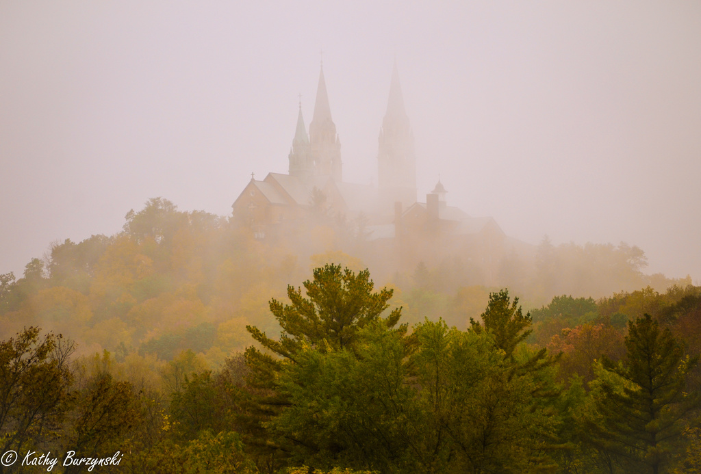 A Castle in the Fog by myhrhelper