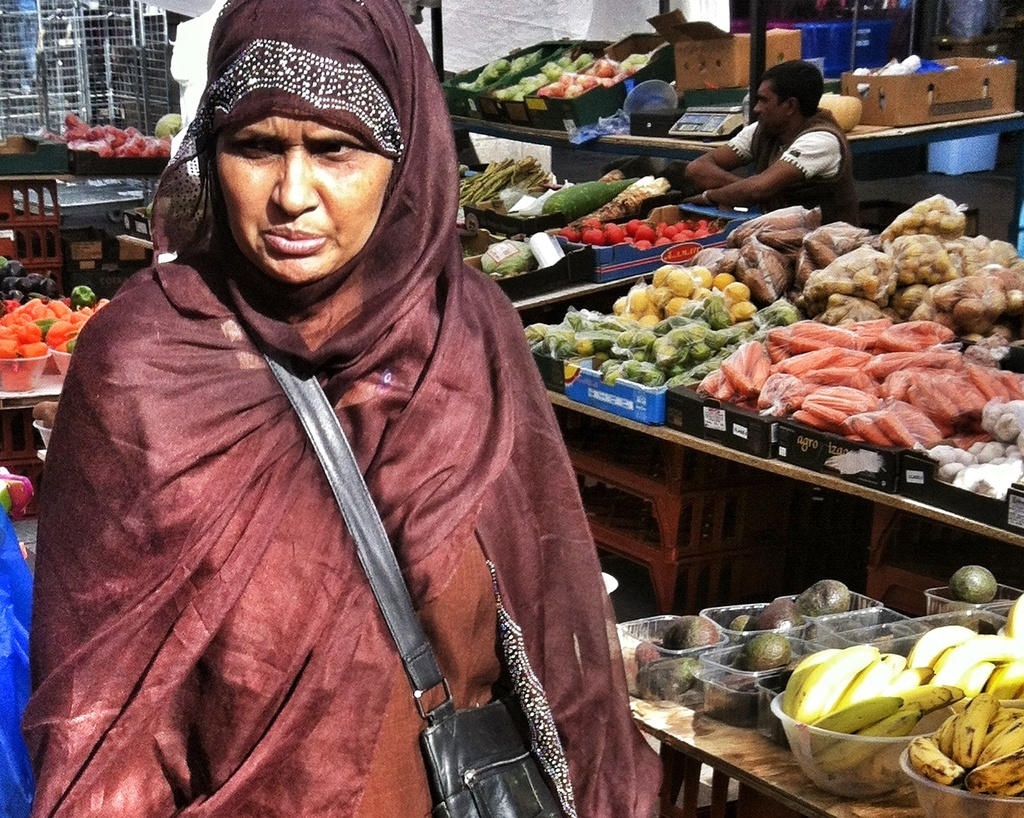 Bangladeshi Woman by andycoleborn