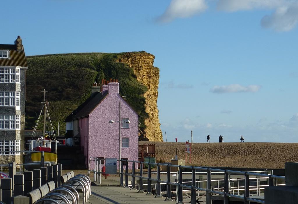 West Bay in Dorset - pink house envy..... by quietpurplehaze