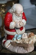 13th Dec 2013 - Santa Worships the Messiah!