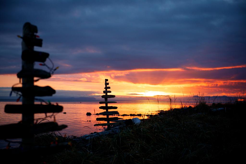 Wooden Sunrise by kwind