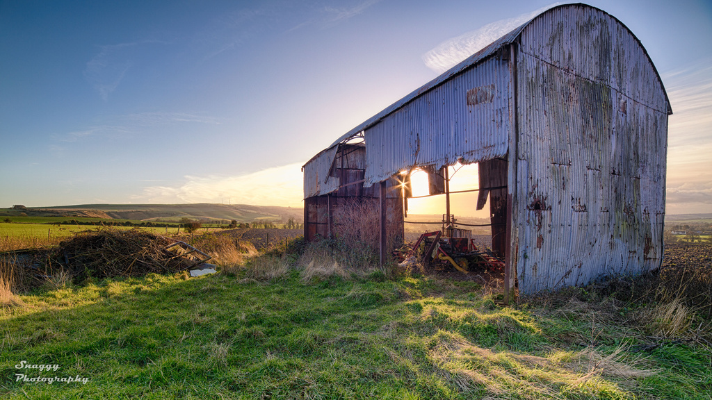 Day 360 - Barn on Boxing Day by snaggy