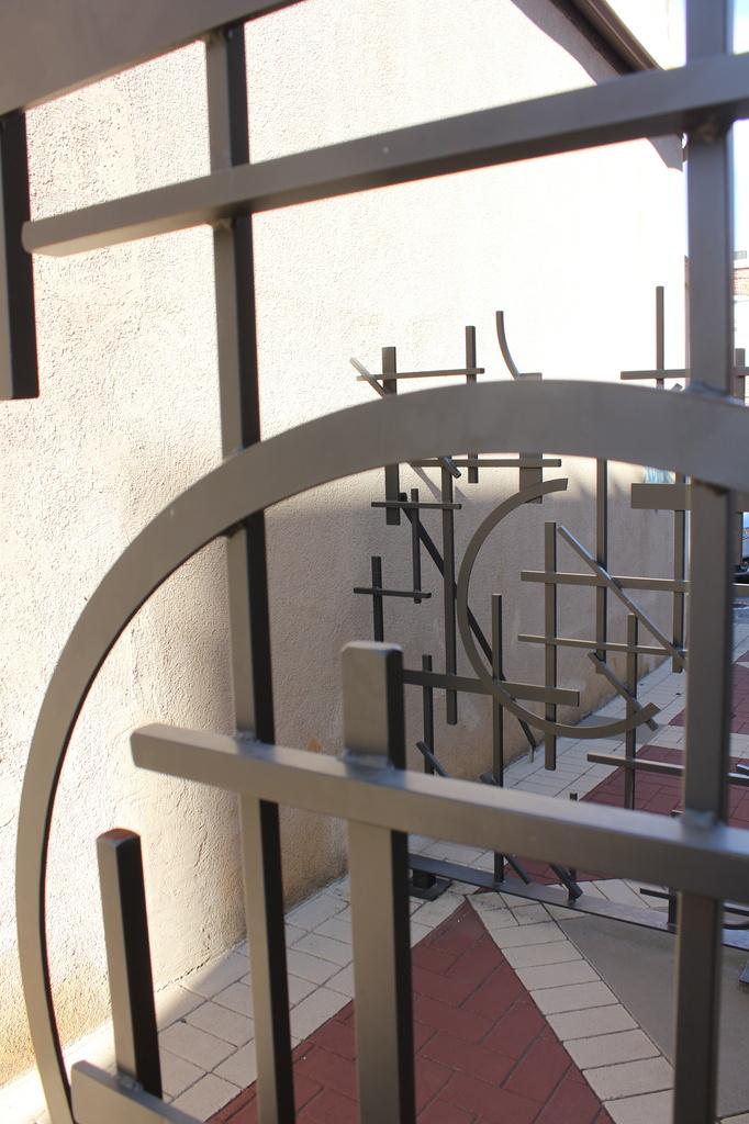 Gate by randystreat