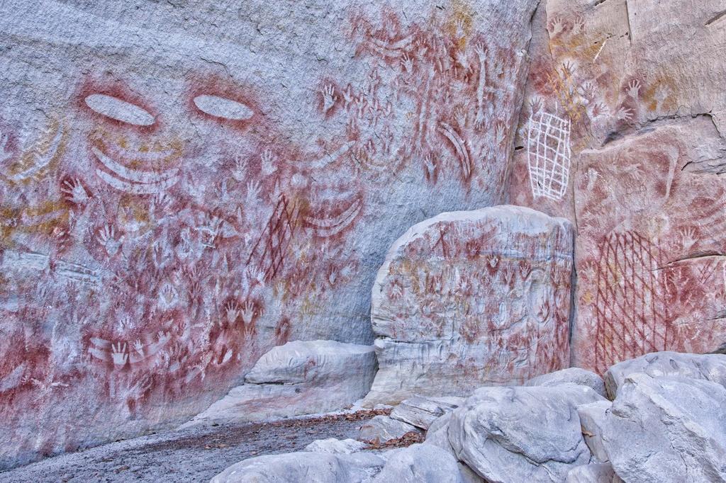 Rock Art by bella_ss