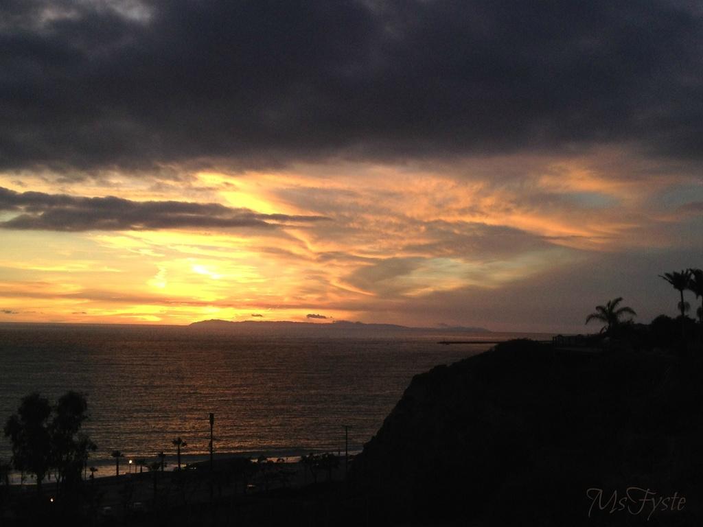 Sunset by msfyste