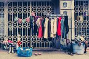 11th Feb 2014 - 55/365: Free clothes / Roba gratis