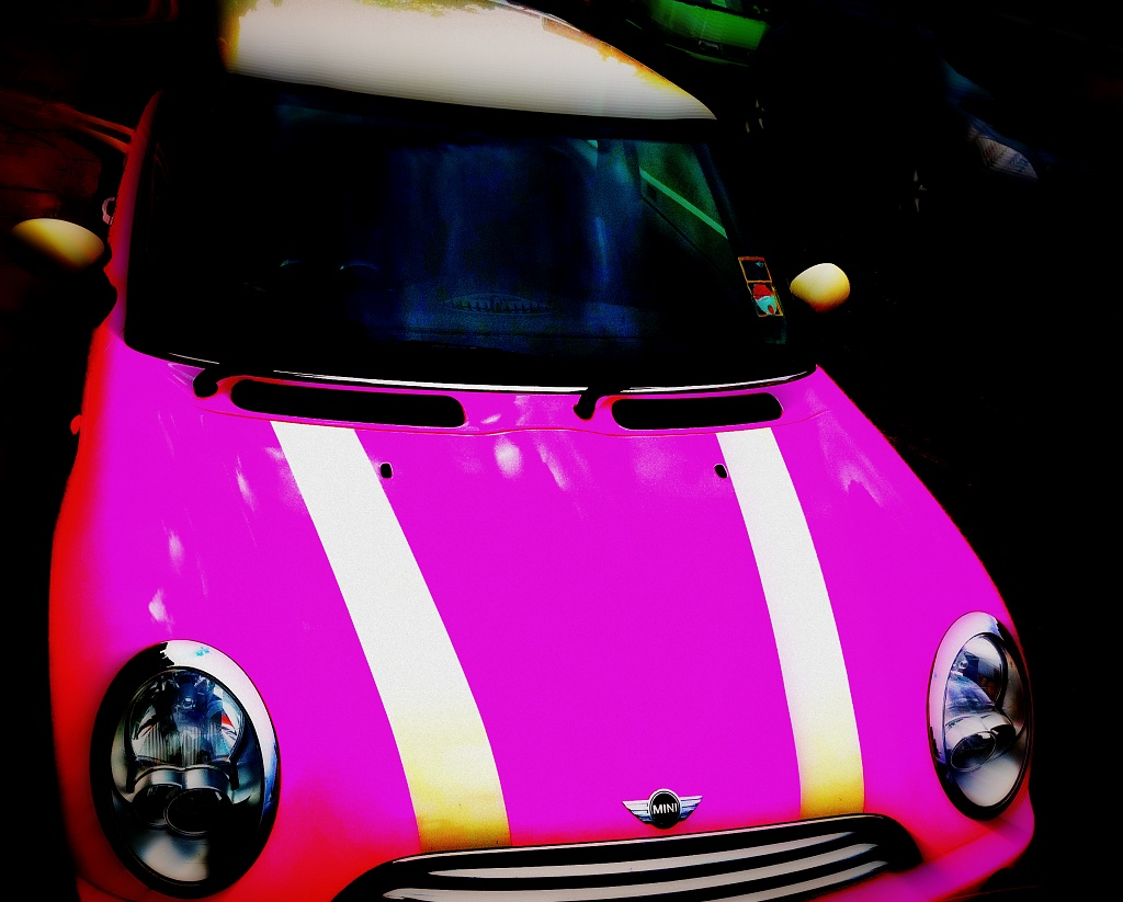 Pink Mini by rich57