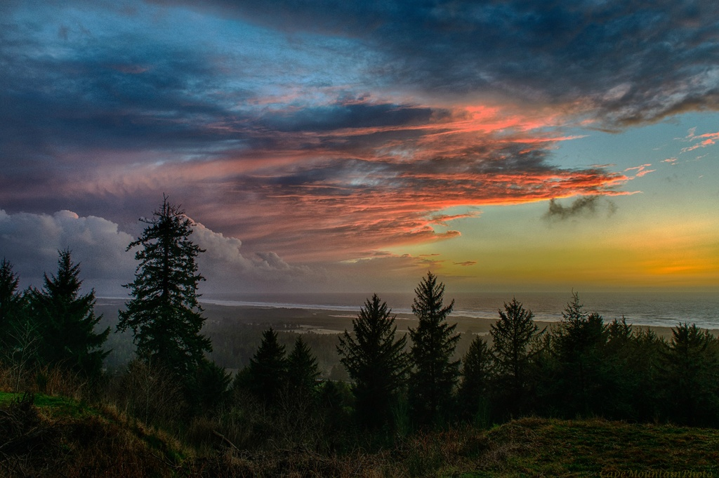 Sunset From the Driveway HDR EFEX by jgpittenger