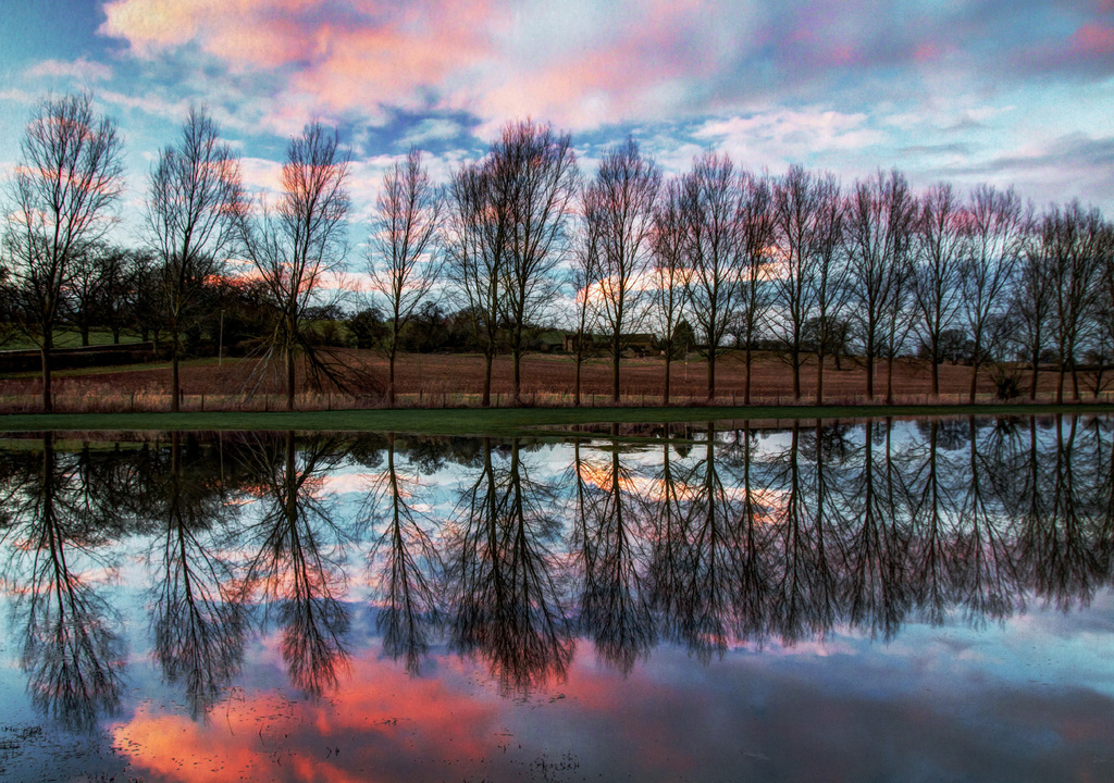 Flooded Sor Brook, Broughton Castle by jantan