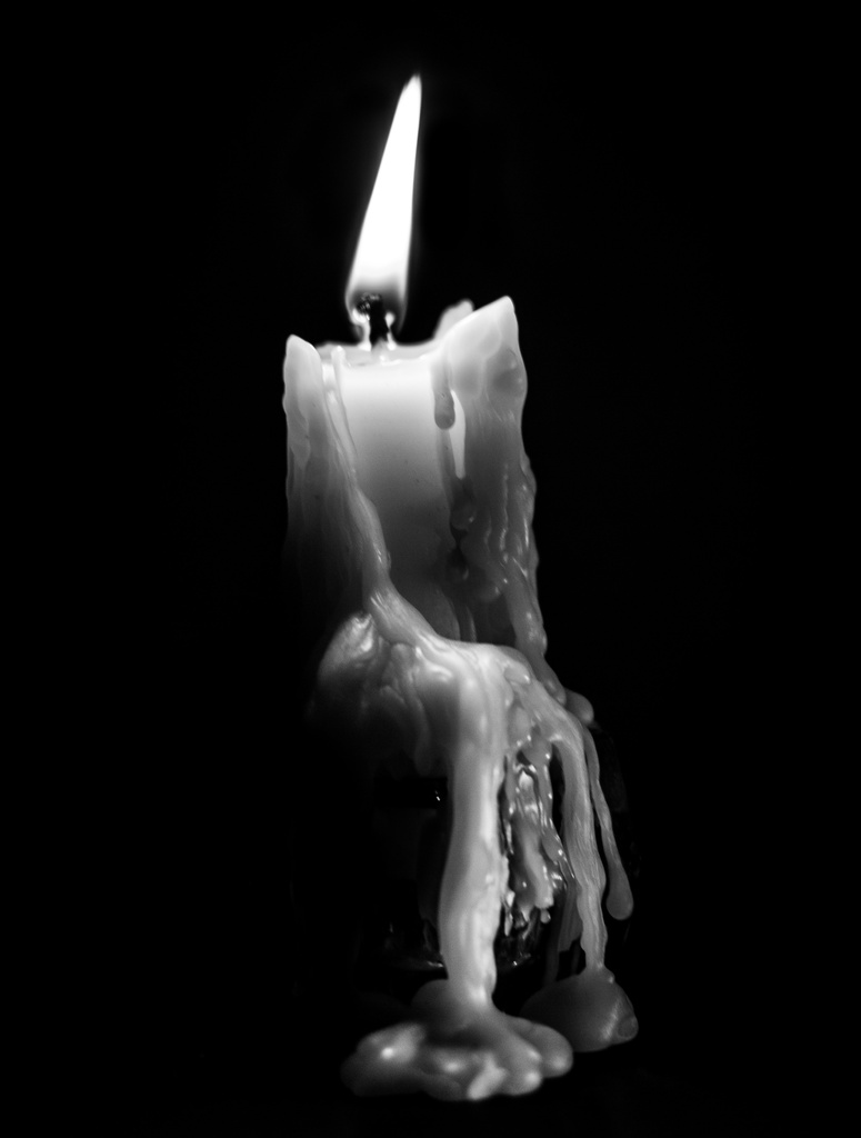 low key candle by aecasey