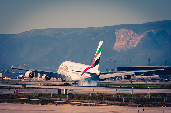 67/365: Emirates A380 landing by jborrases