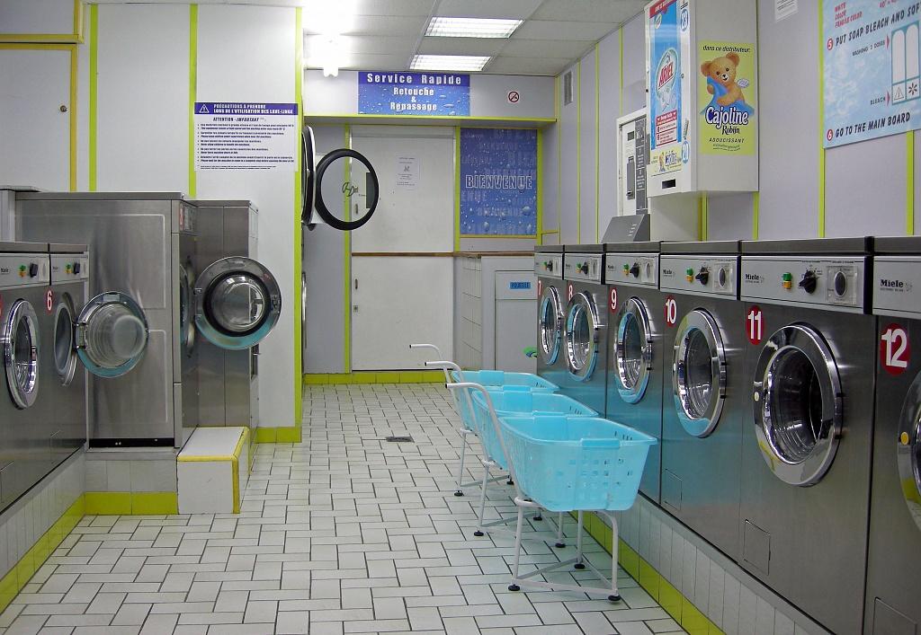 Laundry by parisouailleurs