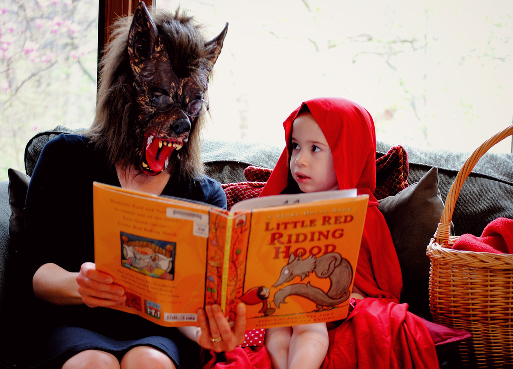 Story Hour in the Land of Once Upon Time by alophoto