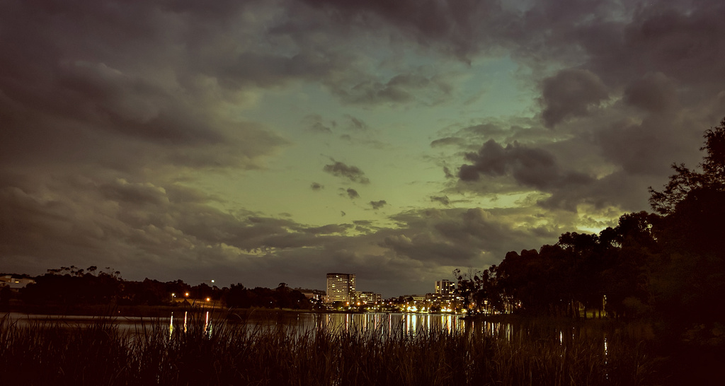 night photography with mood (ons7) by ltodd