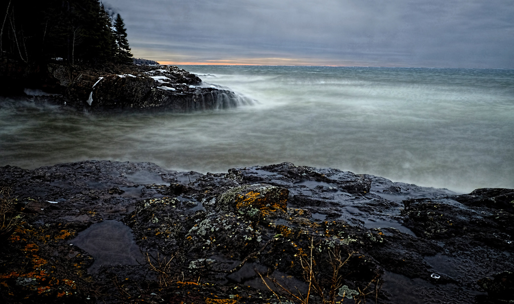 Rock Ledges and Cove by tosee