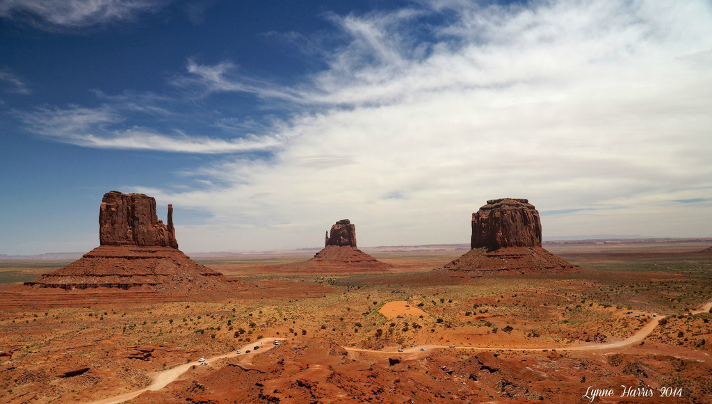 Monument Valley by lynne5477