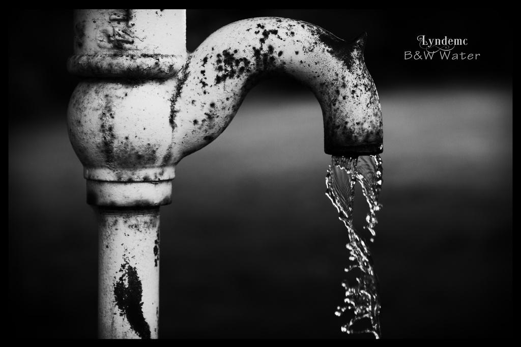 Water, Pumped by lyndemc