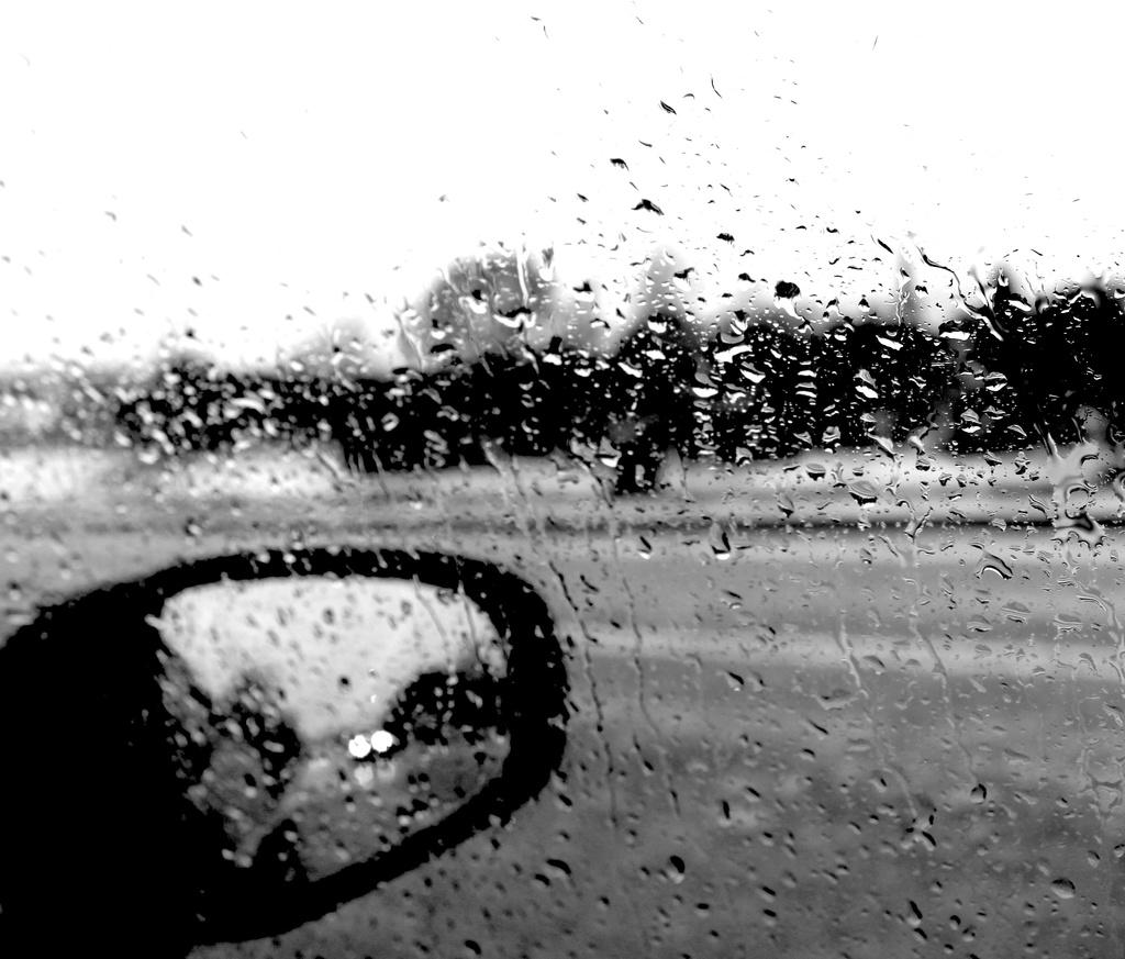 Raindrops by kiwinanna