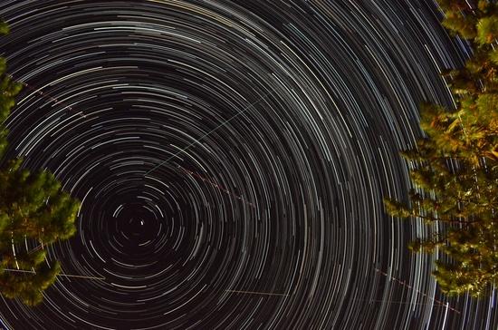 Star Trails by byrdlip