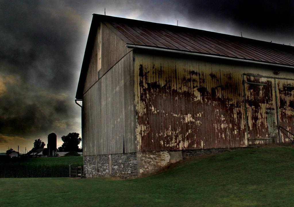 Stormy Weather by digitalrn