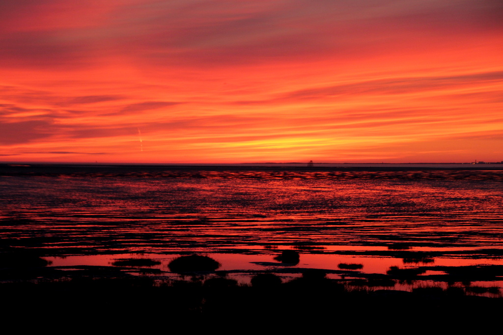 Sunset over Morecambe Bay by busylady