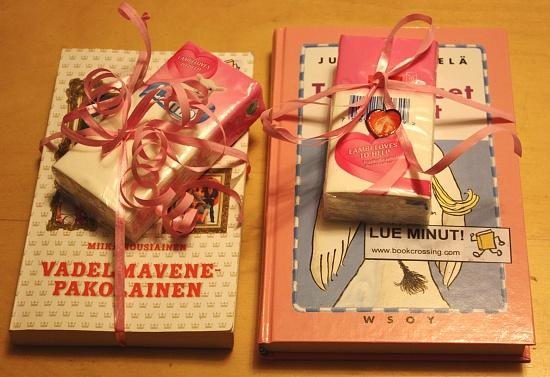 365-Pink books IMG_1064 by annelis