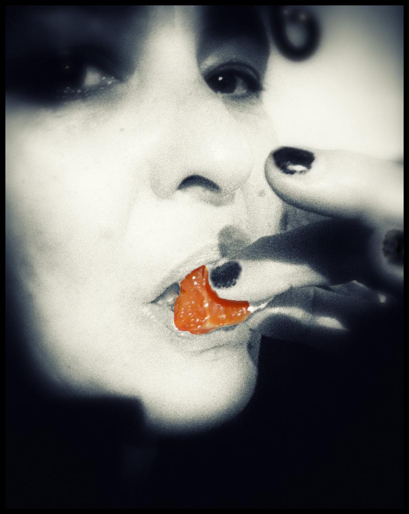 Orange Kiss by annied