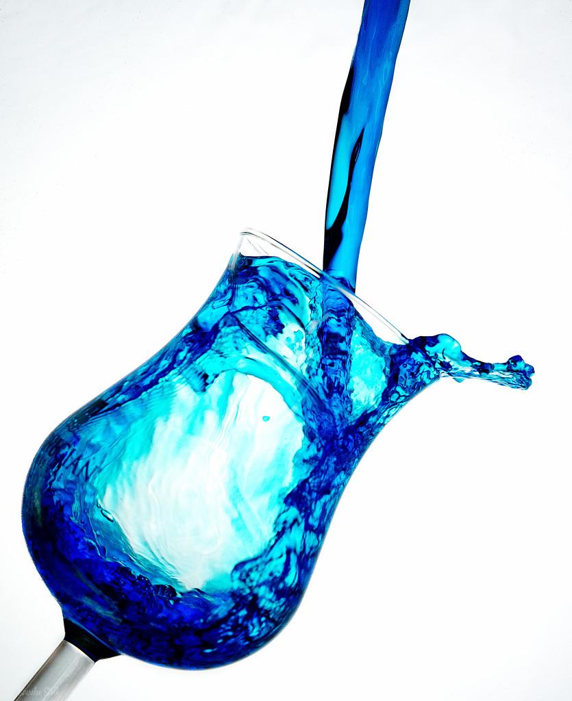 Splish splash I by bella_ss