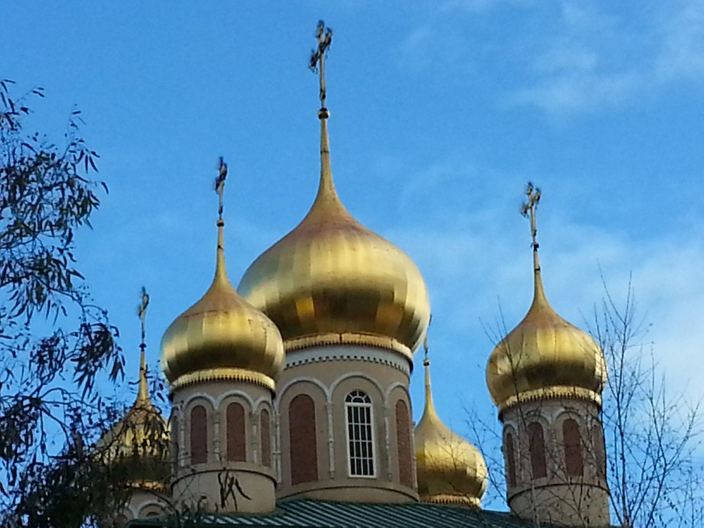 Cupolas at a Russian Orthodox Church (surprise surprise) by princessm