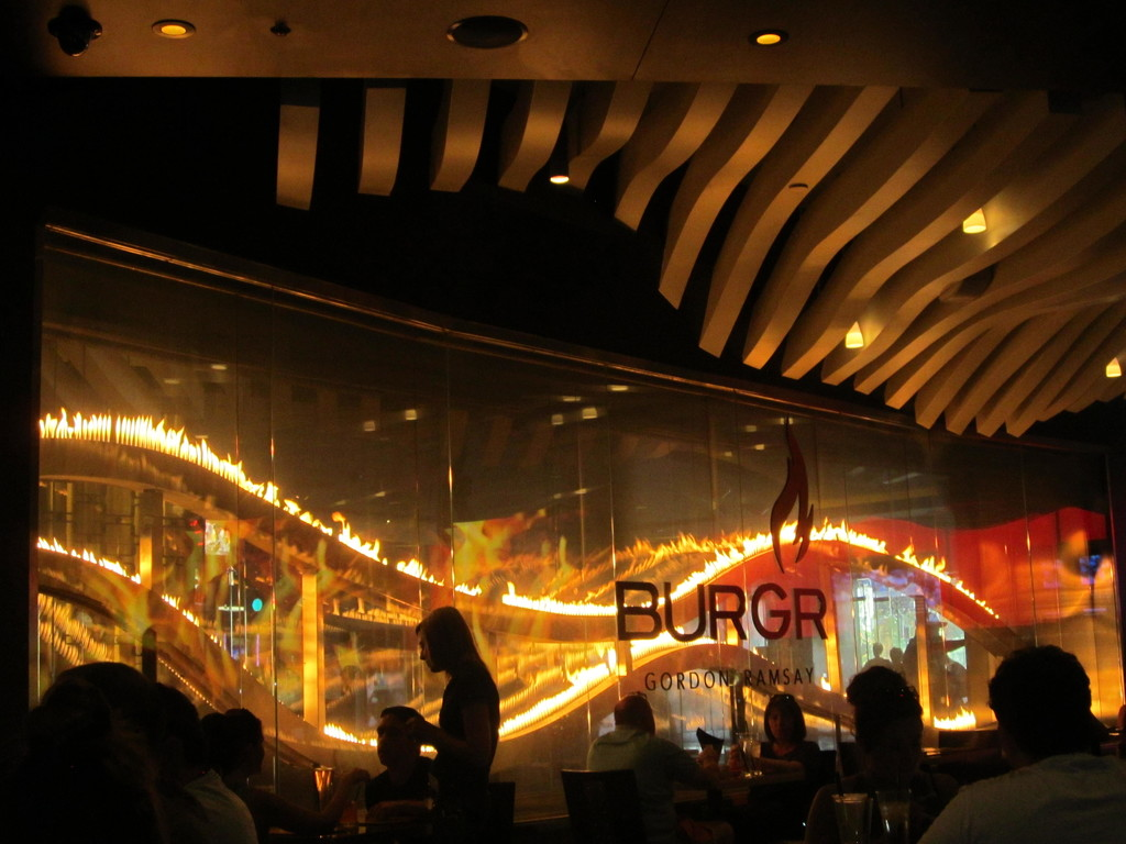 Gordon Ramsay's BURGR by pamelaf
