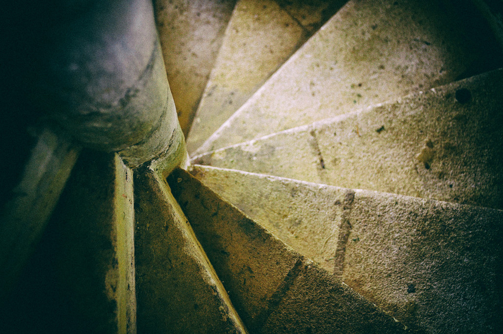 Ancient staircase by pistonbroke