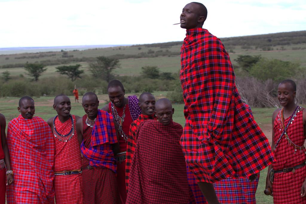 Maasai men dancing by pusspup